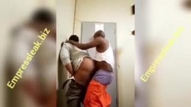 Prisoner fucking a warder