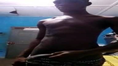 OCLOO NESTOR SENDING HIS NUDES VIDEOS ONLINE FOR MONEY AT HO-VOLTA REGION
