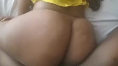 She used only half her ass to fuck me